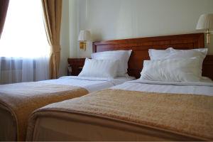 standard-twin-room-beds