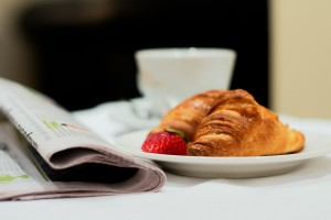 My_City_Hotel_in_Tallinn_restaurant_breakfast