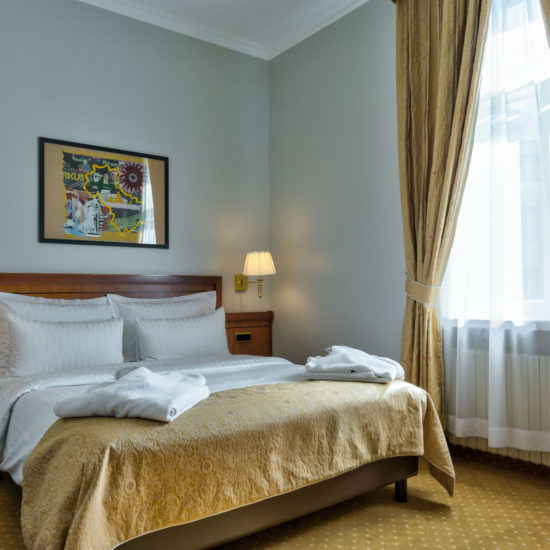 Tallinn-accommodation-Superior-room