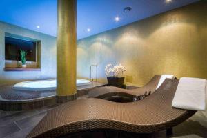 Hot tuba in private sauna | Tallinn | My City hotel